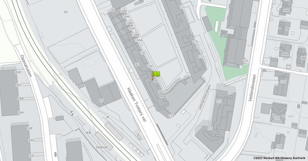 Kart sentrert på geolokasjonen 59.8934081317107 breddegrad, 10.8406628940316 lengdegrad