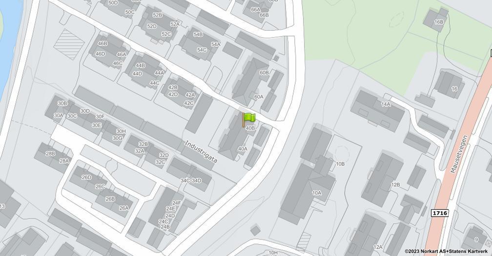 Kart sentrert på geolokasjonen 60.8883294406498 breddegrad, 10.9471125517079 lengdegrad