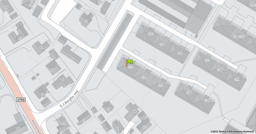 Kart sentrert på geolokasjonen 60.8046952792653 breddegrad, 11.03524638214 lengdegrad