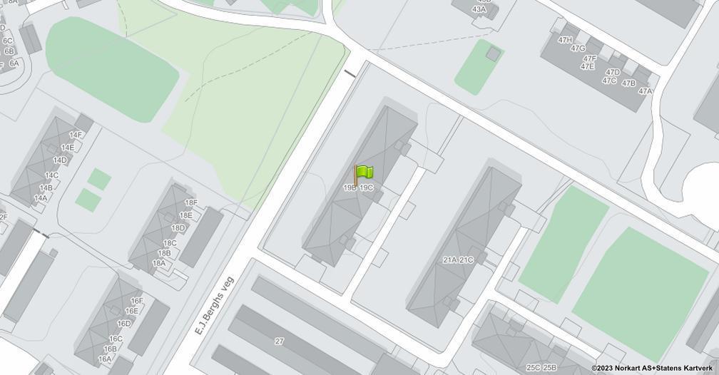 Kart sentrert på geolokasjonen 60.8059333308165 breddegrad, 11.0365199049931 lengdegrad