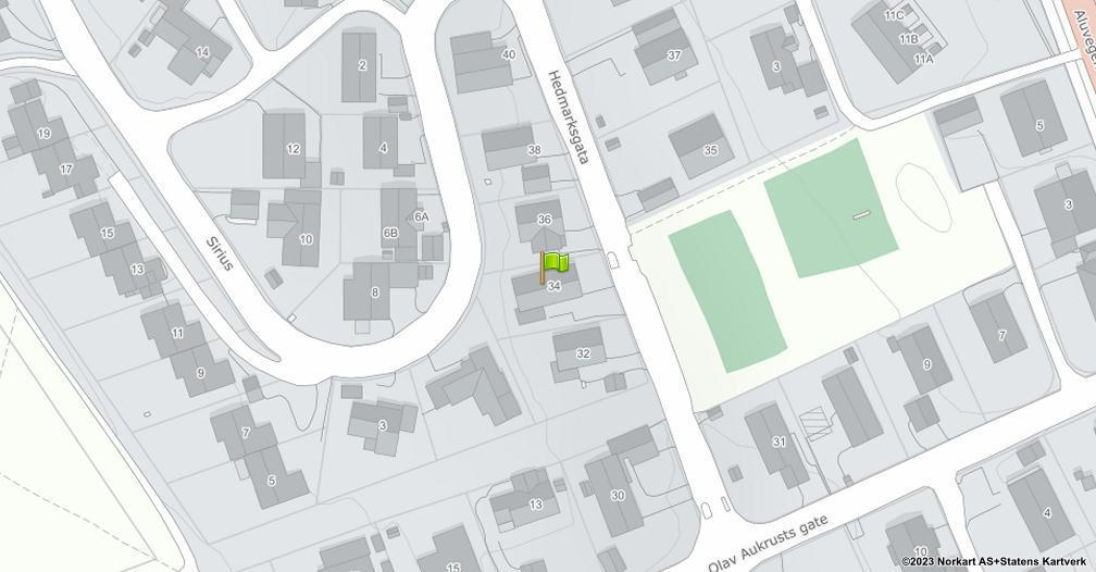 Kart sentrert på geolokasjonen 60.8117055037909 breddegrad, 11.0526256406105 lengdegrad