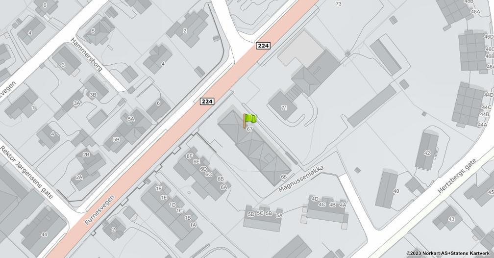 Kart sentrert på geolokasjonen 60.8011249182643 breddegrad, 11.0756922145704 lengdegrad
