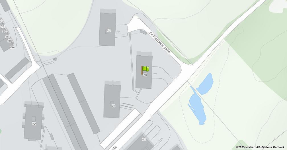 Kart sentrert på geolokasjonen 60.8014956910621 breddegrad, 11.0955345710188 lengdegrad